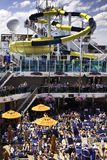 Divertimento da corrediça de água do navio de cruzeiros do carnaval! Fotografia de Stock Royalty Free