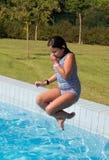 Divertimento da piscina imagens de stock