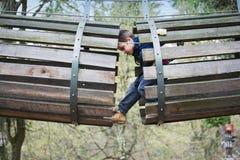 Divertimento del parco di avventura Fotografia Stock Libera da Diritti