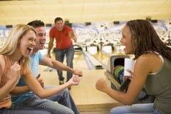 Divertimento di bowling Fotografia Stock Libera da Diritti