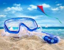 Divertimento di estate alla spiaggia Immagini Stock Libere da Diritti