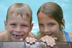 Divertimento di nuoto Immagine Stock Libera da Diritti