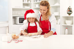 Divertimento do Natal na cozinha Fotografia de Stock Royalty Free