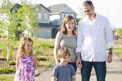 Divertimento felice della famiglia Fotografie Stock Libere da Diritti