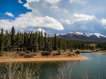 Divertimento nelle montagne fotografia stock