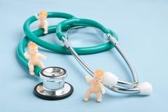 Divertimento pediatra Imagens de Stock Royalty Free