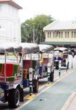 Divertimento TAILANDESE dell'aria aperta delle tre-ruote tradizionali e taxi di urbano ben noto e di BANGKOK Fotografia Stock