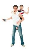 Divertiresi felice del figlio e del padre isolato su bianco Fotografia Stock