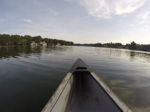 Divertiresi gioco nel lago Fotografie Stock