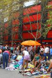 Divertissement au marché aux puces de dimanche, Valence, Espagne Photo libre de droits