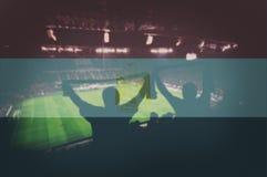 Diviértase el estadio con las fans y la bandera de mezcla de Egipto Fotografía de archivo