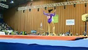 Diviértase la competencia de la gimnasia, Stella Zakharova Cup, Kiev, Ucrania, almacen de video