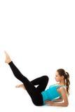 Diviértase a la mujer de la aptitud, muchacha sana joven que hace ejercicios foto de archivo libre de regalías