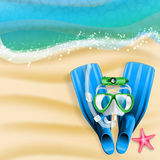 Diving mask, cam, tube and starfish Royalty Free Stock Photos