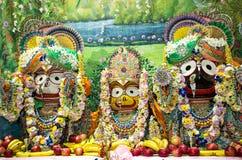 Divinità: Jagannath con suo fratello maggiore Balabhadra e la sorella Immagine Stock