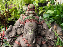 Divinité à tête de trois Ganesh Statue Image libre de droits