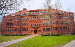Divisez Hall dans la cour de Harvard à l'Université d'Harvard à Cambridge Photographie stock libre de droits