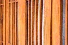 Divisione di legno scolpita fatta a mano della finestra Fotografie Stock