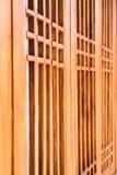 Divisione di legno scolpita fatta a mano della finestra Fotografia Stock Libera da Diritti