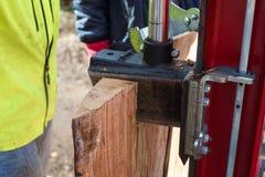 Divisor de madera hidráulico fotos de archivo libres de regalías