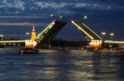 Divorce of bridges. On the river Neva (Russia, Petersburg Royalty Free Stock Images