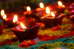 Diwali ilumina a calma pura da paz do deus da alma do devine da cor do festival Imagens de Stock Royalty Free