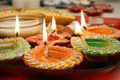 Diwali thali mit verziertem diya Lizenzfreies Stockfoto