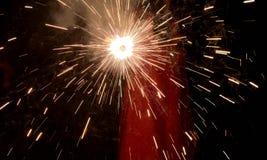Diwali wieczór - fajerwerki i Silhoutte obrazy royalty free