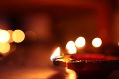 Diwaliverlichting met diya Stock Afbeelding