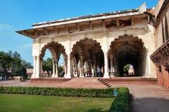 Diwan είμαι, αίθουσα του δημόσιου ακροατηρίου στο κόκκινο οχυρό Agra στοκ φωτογραφίες