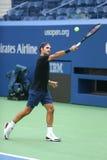 Dix-neuf champions Roger Federer de Grand Chelem de périodes de la Suisse pratiquent pour l'US Open 2017 Photo stock