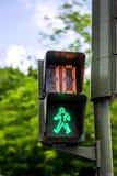 Dix secondes laissées sur un signe de promenade de croisement Images libres de droits