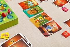 Dixit - juego de tarjeta de la familia Fotografía de archivo