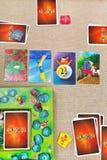 Dixit - juego de tarjeta de la familia Fotos de archivo libres de regalías