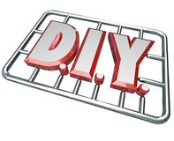 DIY执行它你自己在模型工具箱上写字 免版税库存照片