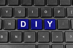 DIY ή το κάνει οι ίδιοι λέξη στο πληκτρολόγιο Στοκ φωτογραφία με δικαίωμα ελεύθερης χρήσης
