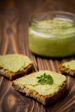 Diy avocado chili domowej roboty pasta Obrazy Royalty Free