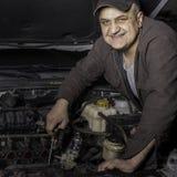 DIY mechanik przy pracą Fotografia Stock