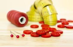 DIY pojęcie - czerwone szy dostawy Obraz Royalty Free