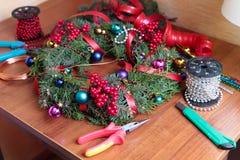 DIY-Weihnachtskranz Stockfoto