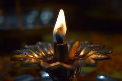 Diya métallique pour le pooja Photo libre de droits