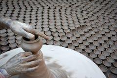 Diyas slaagt er niet in om het pottenbakkers` leven omhoog aan te steken Stock Foto's