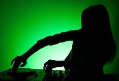 DJ现出轮廓。 免版税库存照片