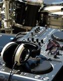 DJ设置与鼓 免版税图库摄影