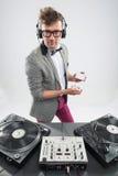 DJ στην εργασία που απομονώνεται στο άσπρο υπόβαθρο Στοκ Φωτογραφίες