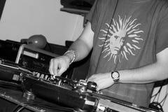 DJ bij de club Stock Foto's