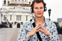 DJ com auscultadores Fotografia de Stock Royalty Free