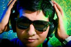 DJ dat muziek mengt Stock Afbeelding