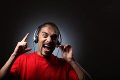 DJ in den Kopfhörern Stockfotografie