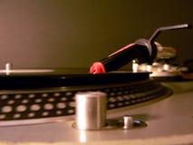 DJ-Drehscheibennadel auf Aufzeichnung stockbild